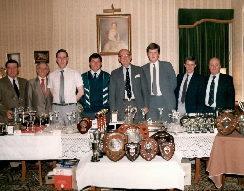 Social_Committee_Presentation_Night_c1988-cropped